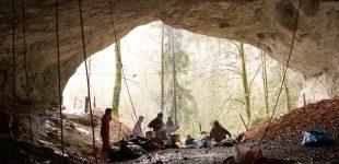 Initiation à la Grande grotte aux Fées de Vallorbe