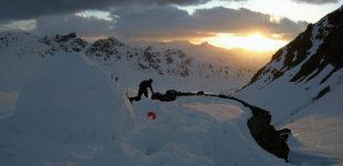 Igloo et sommets dans le Val d'Anniviers